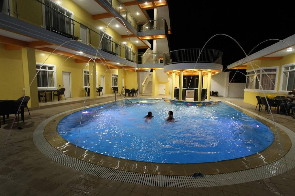 LU-Awesome-Hotel