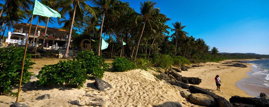 G Beach Resort in Patar Beach